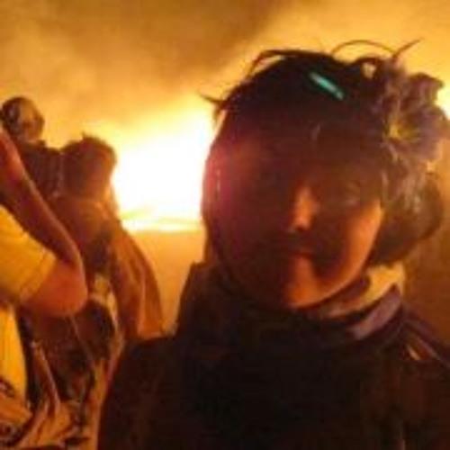 Miriam F 1's avatar