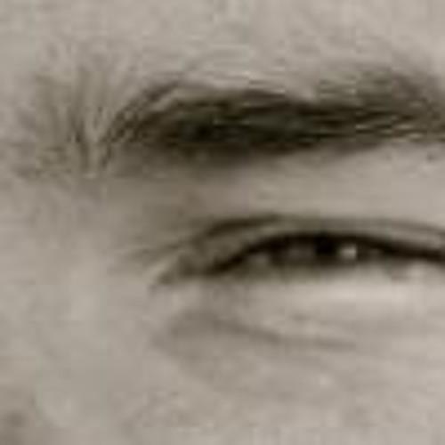 Eric Junai Fincke's avatar