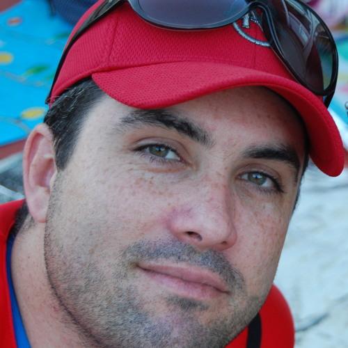Vitor Pinheiro's avatar
