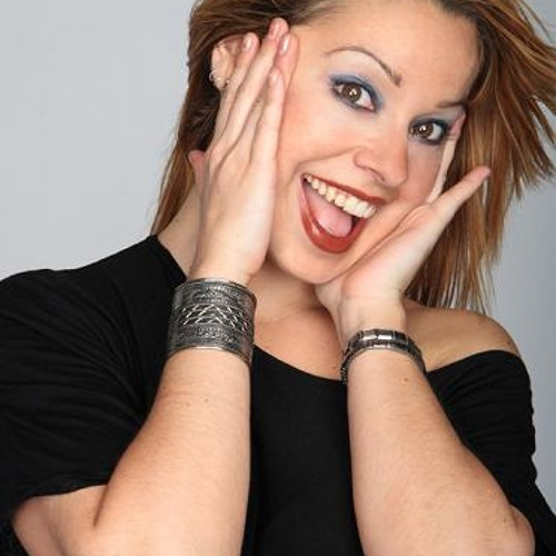 Erica sings's avatar