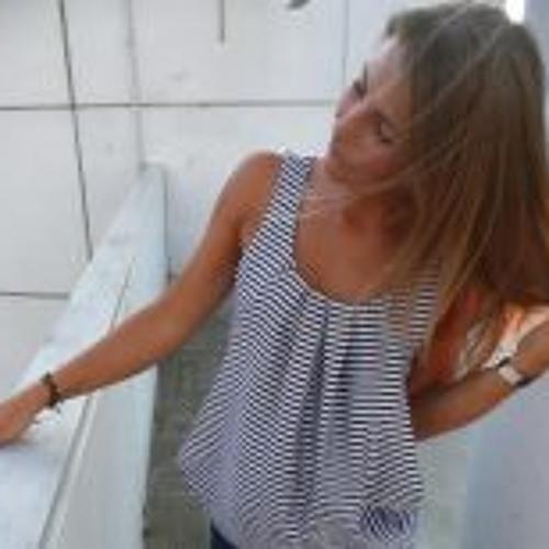 Emma Karlson's avatar