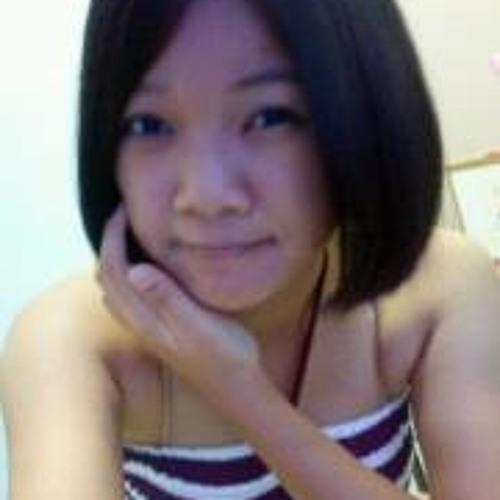 Elna Tan's avatar