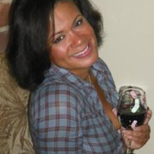 Veronica Pearman's avatar