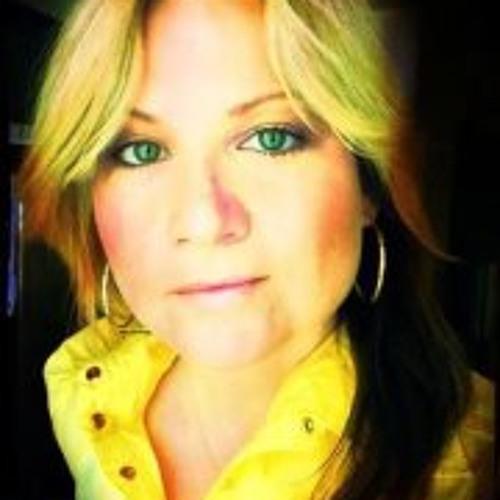 Jennifer Barroll's avatar