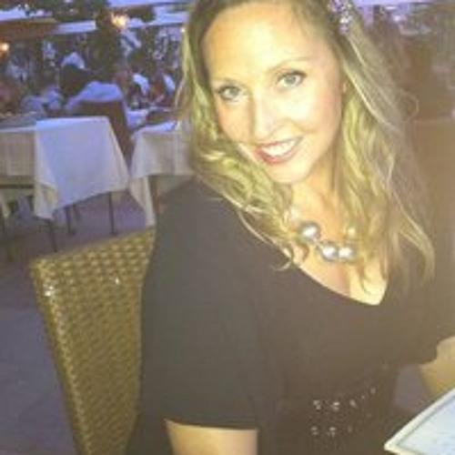 Rachel Bray's avatar