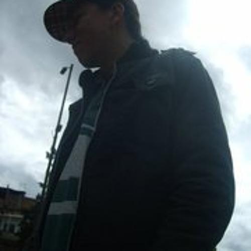 Eduard Saenz's avatar
