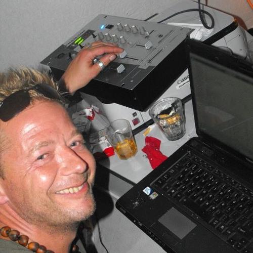 Cremebrulee's avatar