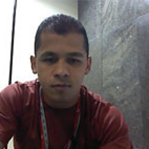 leandrosmorais's avatar