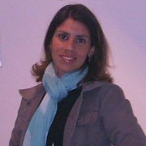 Milena Freitas's avatar