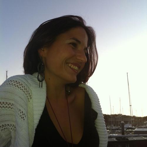 Vera Amaral's avatar