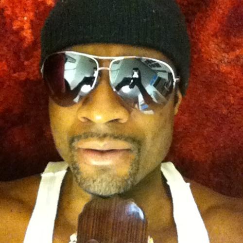 Stef Music's avatar