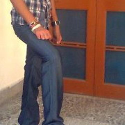 Ážéém Áhméđ's avatar