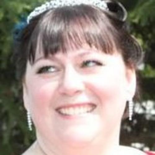 Julie Waage's avatar