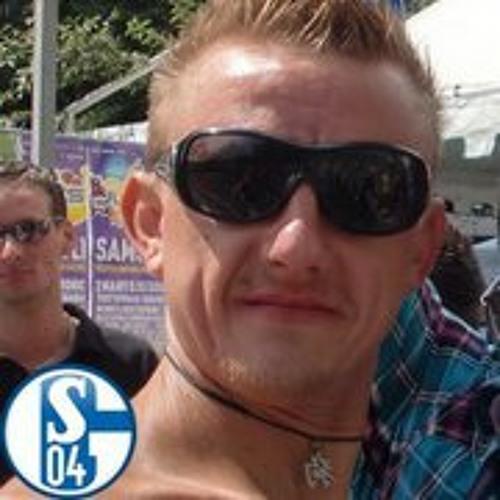 Viktor Batzel's avatar