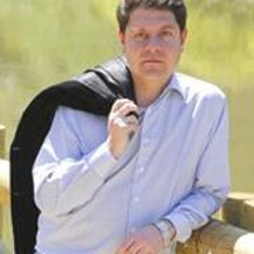 Emiliano García-Page's avatar