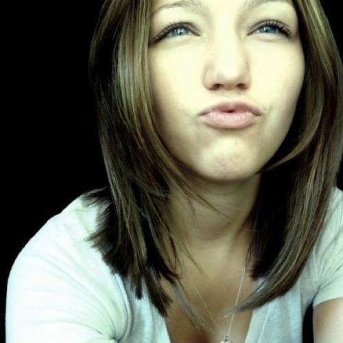 christinabeckford's avatar