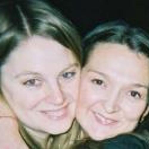 Natalie Collins's avatar