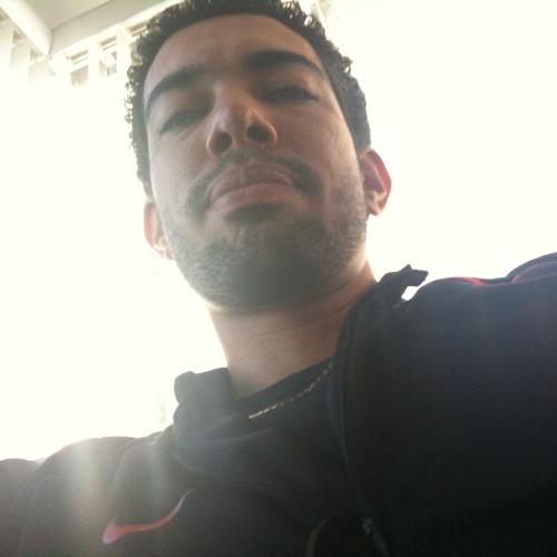 Xavi j's avatar
