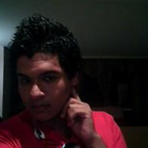 Alex Castrillon Scariato's avatar
