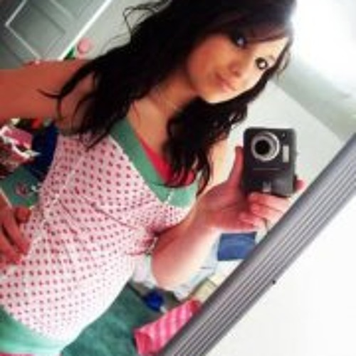 Camylla Lara's avatar