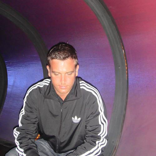 Darren Mac's avatar