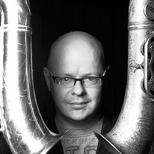 michael buckley's avatar