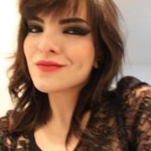 Letícia Alves's avatar