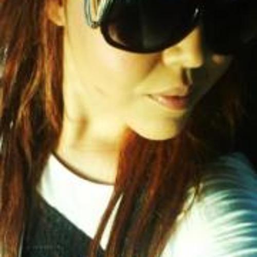 Daniela Nathalie Alvarez's avatar