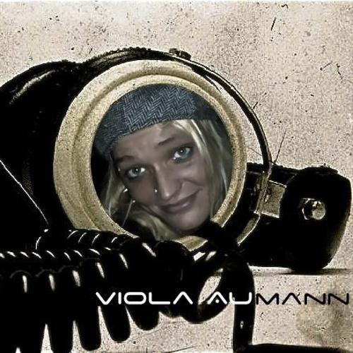 Viola Aumann ★✩'s avatar