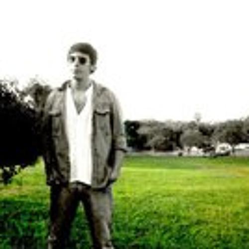 Daniel Mendieta's avatar