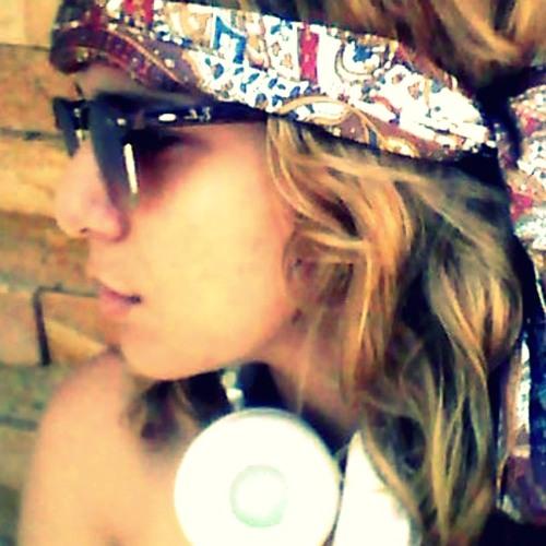Royala's avatar