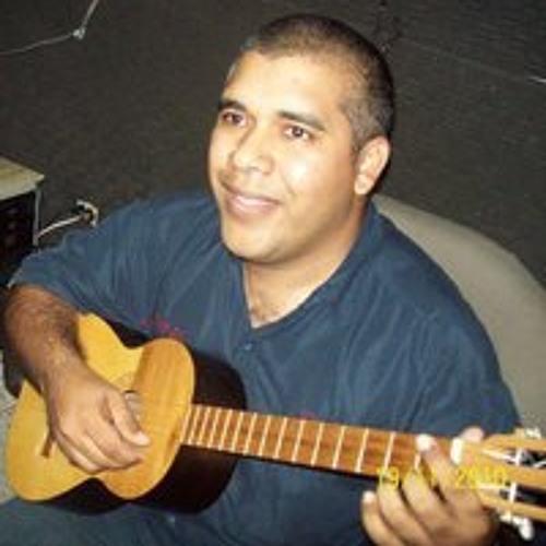 José Alexander Flores R's avatar