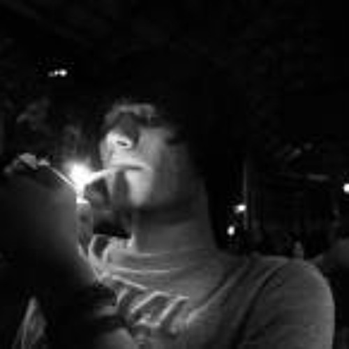 Darius Edward Vernall's avatar