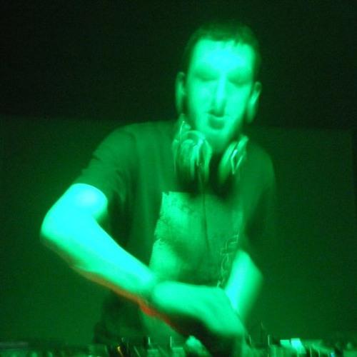DJ TWIDGET's avatar