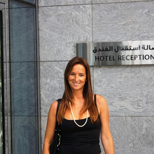 Luciana Geriza's avatar