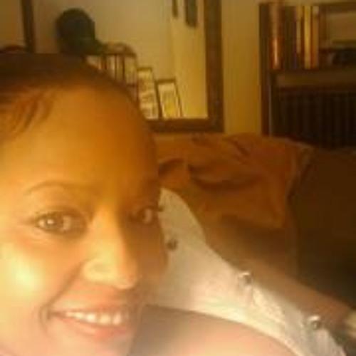 MaryAnne Mutune's avatar