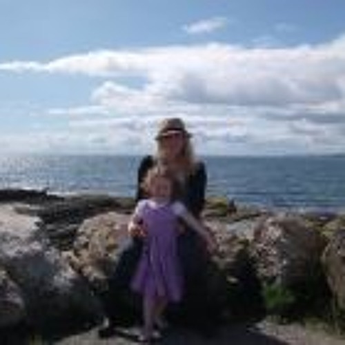 Janine Kelly's avatar