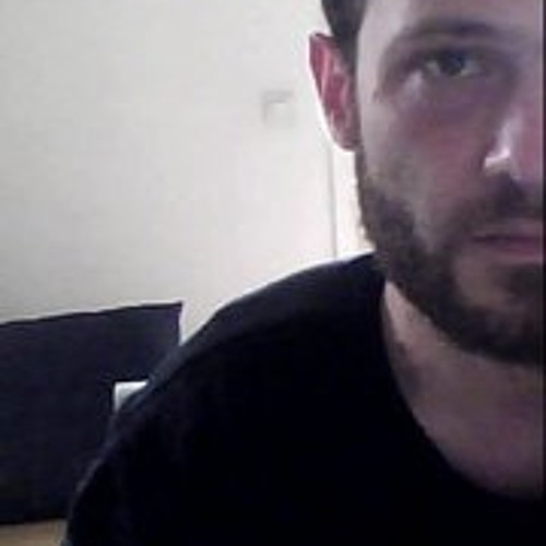 Elian Valaji's avatar