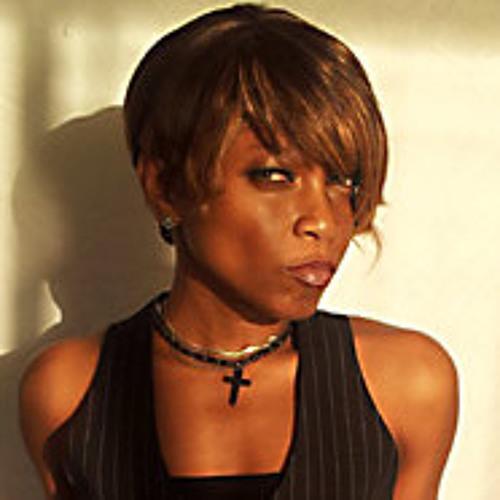 Lola Acala's avatar
