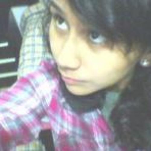 Andrea Cabrera's avatar