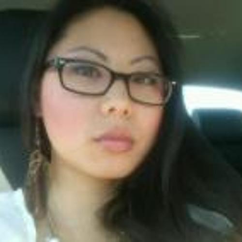 Elisa Hong's avatar