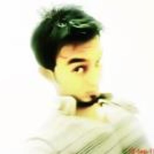 Usaid Khan's avatar