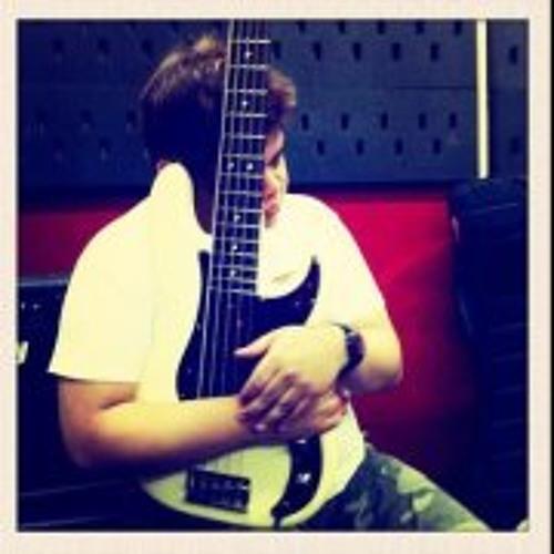 Mervyn Lim's avatar