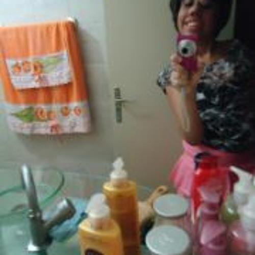 Fernanda Vieira de Melo's avatar