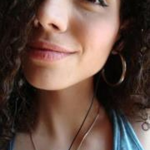 Isabela Bichara's avatar