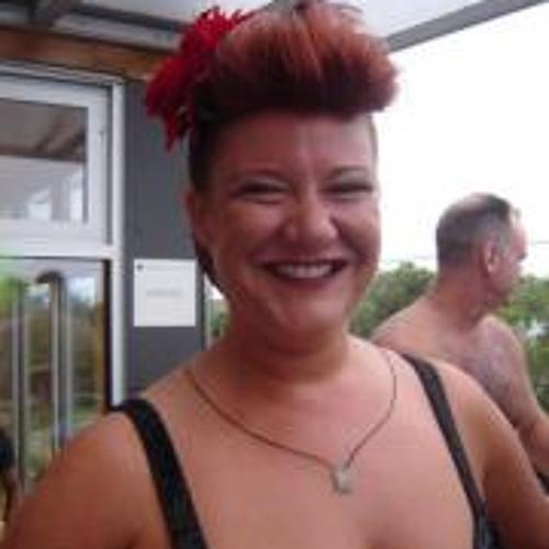 Erin Stacey Visslailli's avatar