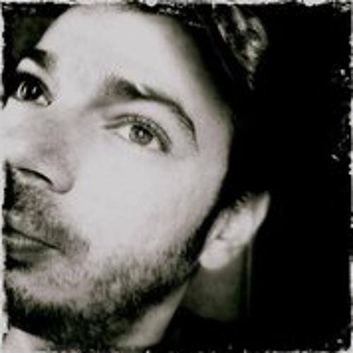 Tarik Mousselmall's avatar