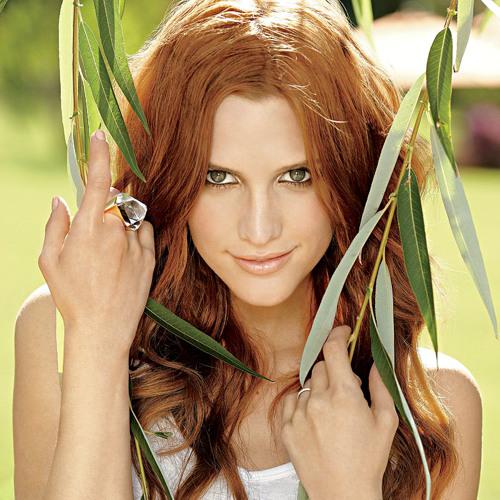 Ashlee Simpson's avatar