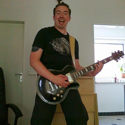 Gitarrero's avatar
