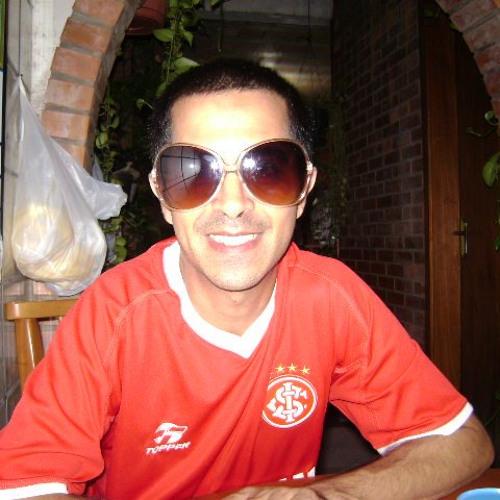 Guilherme Peres's avatar
